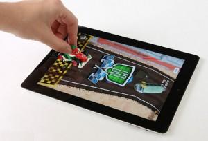 Seu filho vai passar um carrinho por cima da tela do iPad