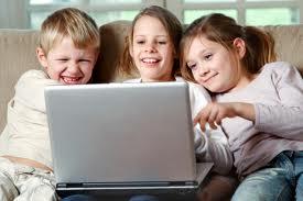1/3 das crianças inglesas usam o computador para ver TV